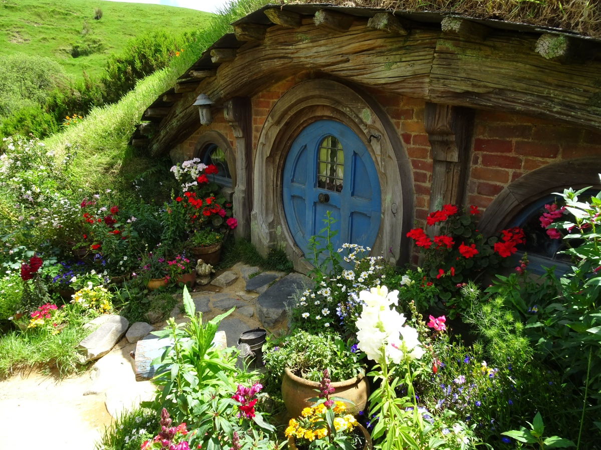All you need to know about the Hobbiton Movie Set